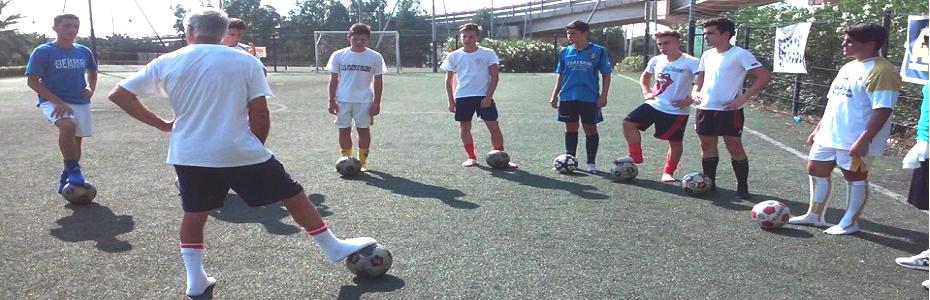 Stage Summer School: ex calciatori allenano i ragazzi