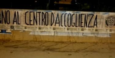 Un centinaio di migranti a Sferracavallo. Noi con Salvini e CasaPound contro il centro accoglienza
