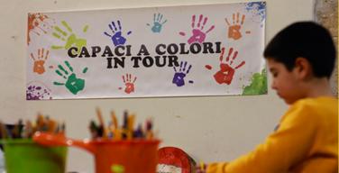 """Parte il Magico Natale del """"Capaci a Colori in Tour"""": i bambini scrivono a Babbo Natale"""