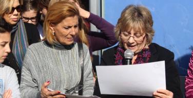 Gli auguri alla cittadinanza della nuova preside della scuola di Isola delle Femmine