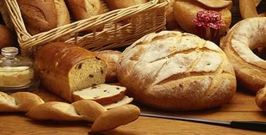 """""""Pane in piazza"""" a Isola delle Femmine: distribuzione dei prodotti da forno per la festa di San Giuseppe"""