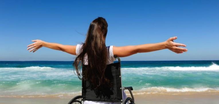 """Turisti sulla sedia a rotelle: """"Italy on Wheelchair"""" lancia la sua app"""