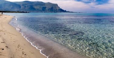 """Capaci aderisce alla giornata """"Let's Clean up Europe"""": pulizia della spiaggia"""