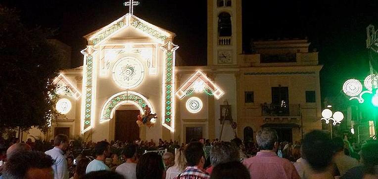 Programma delle festività religione a Isola delle Femmine: processioni, concerti, teatro, sport ed esposizioni