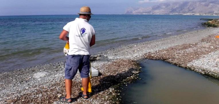 Il report di Legambiente: mare inquinato a Carini, Terrasini e Trappeto