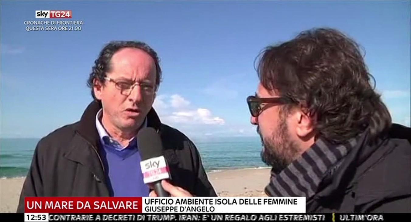 SkyTg24 ad Isola delle Femmine, raccolta differenziata e problema della plastica in spiaggia (VIDEO)