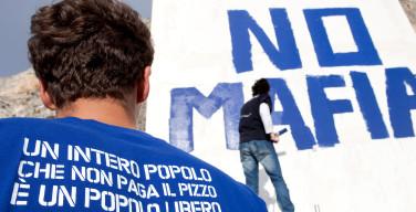 A venticinque anni dalla morte di Falcone mobilitazione antimafia a Capaci