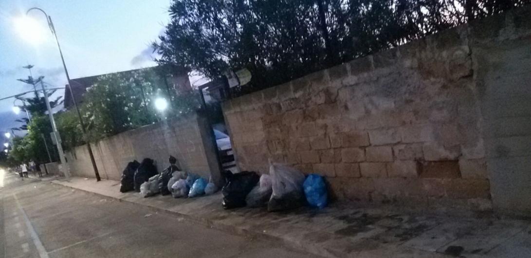 """Stop temporaneo alla raccolta dei rifiuti indifferenziati ad Isola delle Femmine. Il sindaco: """"Modificheremo il calendario"""""""