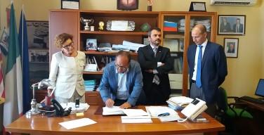 """Firmato un protocollo per realizzare manifestazioni socio-culturali nel giardino """"Quarto Savona 15"""""""