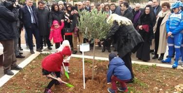 Nel giardino della memoria di Isola delle Femmine un albero per Natale Mondo, poliziotto ucciso dalla mafia