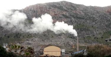 Operai della cementeria di Isola delle Femmine in fibrillazione: in vista la chiusura dell'impianto?
