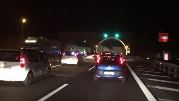Incidente stradale nei pressi dello svincolo di Capaci, un ferito