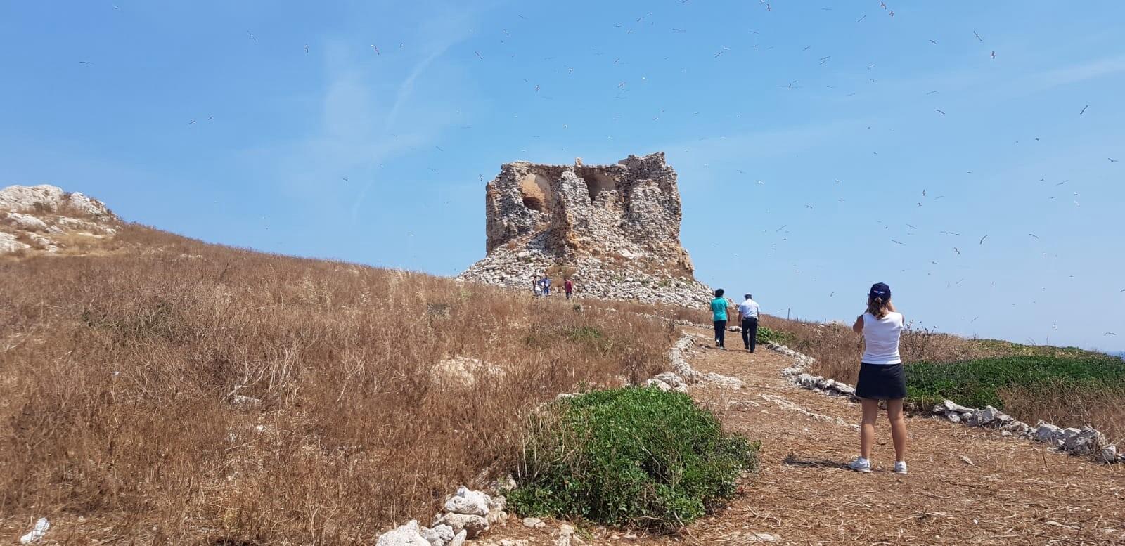 La Torre di Isola delle Femmine, crolli e degrado: sopralluogo dell'amministrazione comunale sull'isola